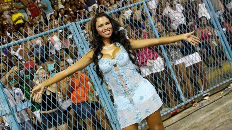 Ariadna no ensaio técnico das escolas de samba na Sapucaí, Rio de Janeiro