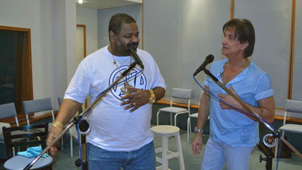 Arlindo Cruz e Roberto Carlos ensaiam