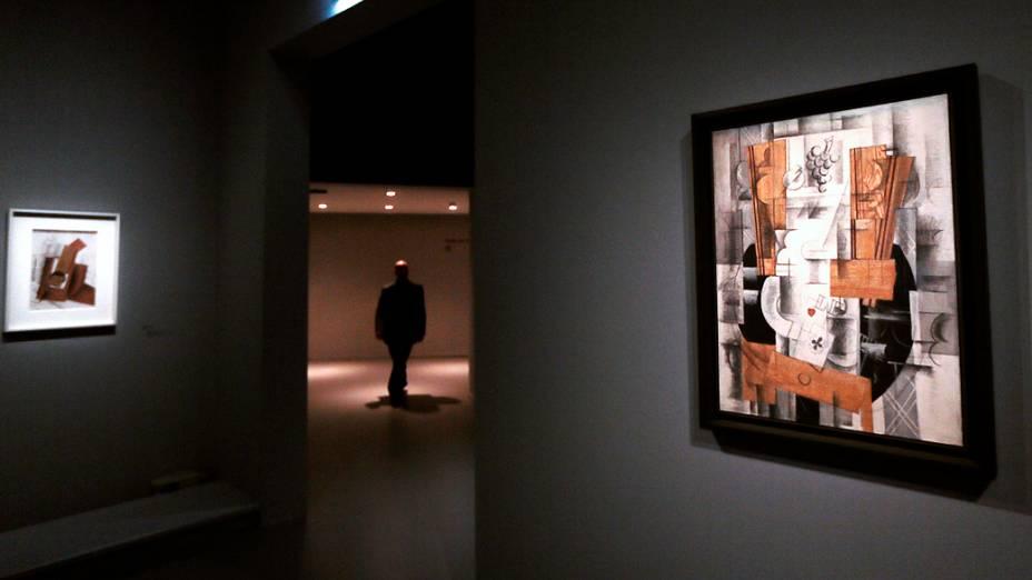 """Pintura """"Compotier et cartes"""", do pintor francês Georges Braque (1882-1963), em exposição no Museu do Grand Palais em Paris"""