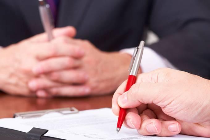 assinatura-de-contrato-20120710-01-original.jpeg