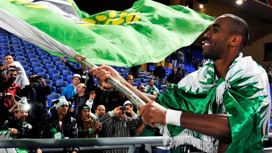 Jogadores do Raja Casablanca comemoram após a vitória contra o Atlético