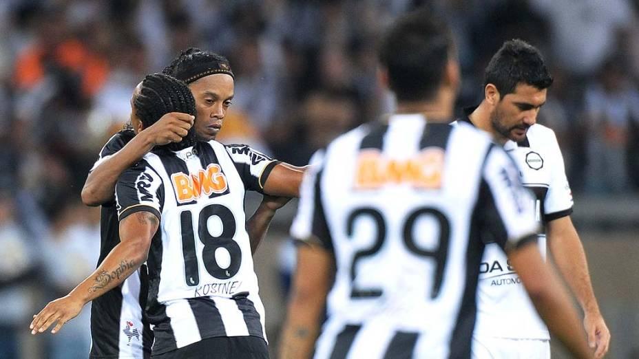Ronaldinho durante partida entre Atlético MG e Olimpia, válida pela final da Libertadores 2013, no Estádio do Mineirão, em Belo Horizonte