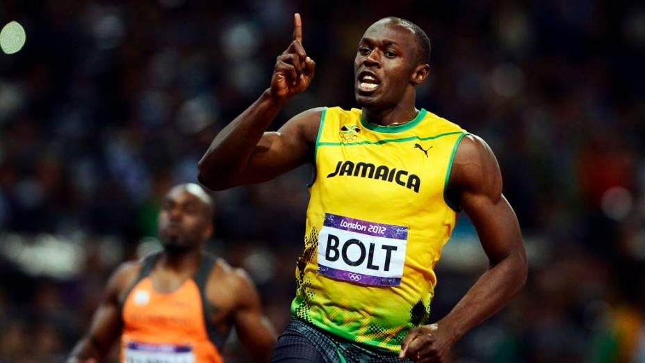 Usain Bolt comemora após vencer a final dos 100m e bater o recorde olímpico nas Olimpíadas de Londres, em 05/08/2012