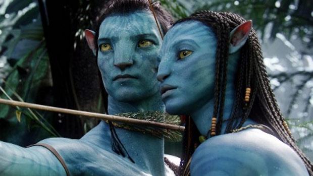 Zoe Saldana como a alienígena de Avatar