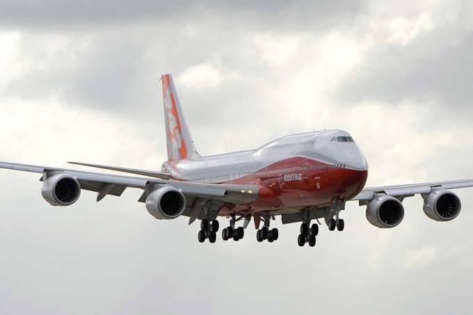 aviao-boeing-747-8-20110619-original.jpeg
