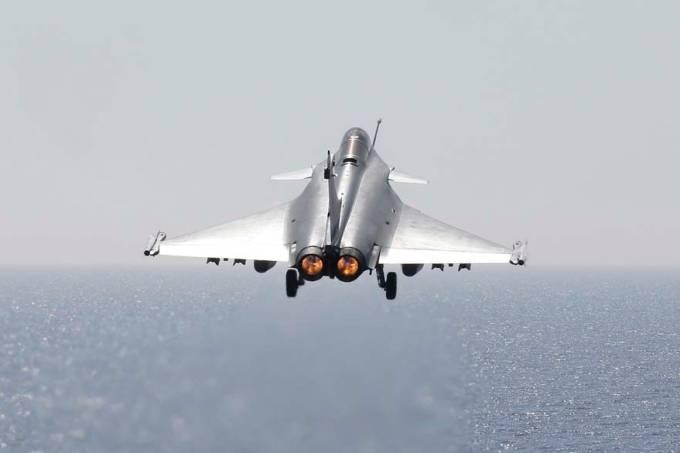 aviao-combate-franca-libia-20110328-original.jpeg