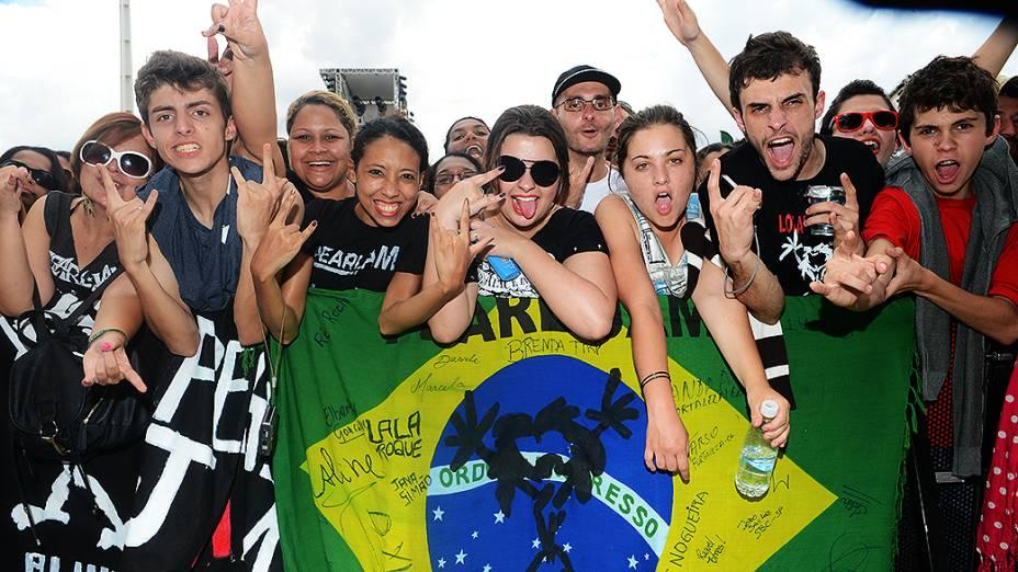 Público durante show da banda Baia, no Lollapalooza