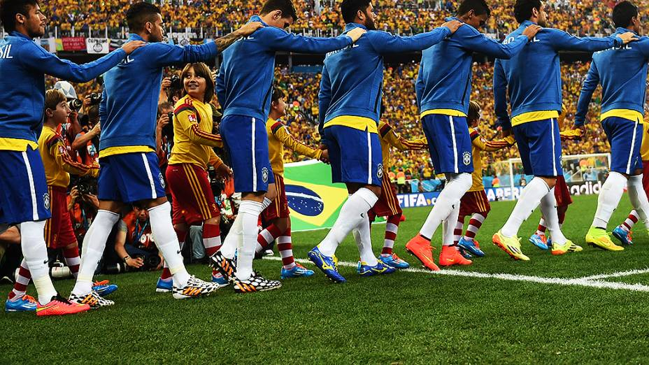 Chuteiras dos jogadores do Brasil na partida contra a Croácia