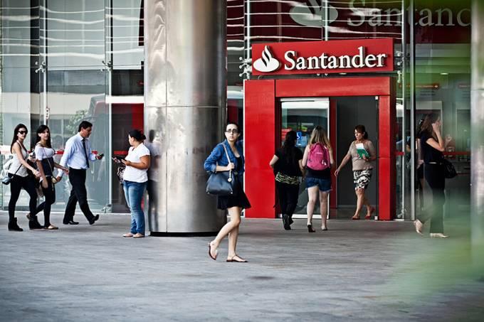 banco-santander-20121004-08-original.jpeg