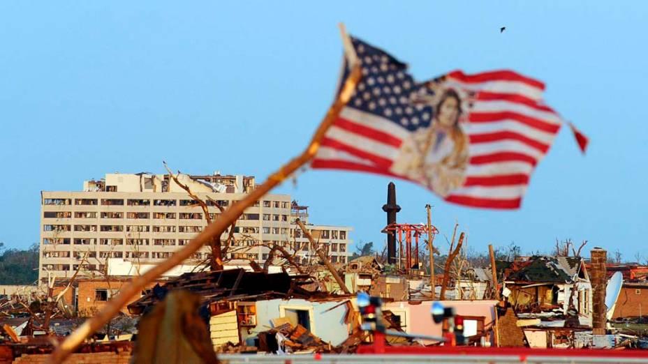 Destruição na cidade de Joplin, no estado americano do Missouri. O tornado que atingiu a região deixou ao menos 89 mortos