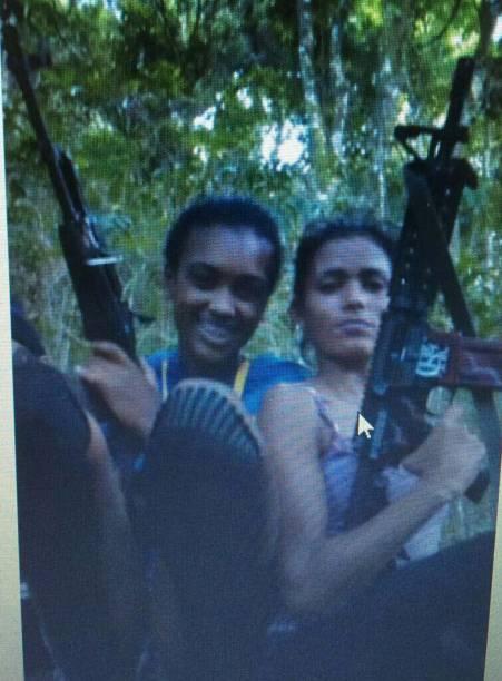 Marretinha e Barbie: as jovens integram a quadrilha, chamados de Filhos de Lobo, em virtude do apelido do traficante que controla a favela atualmente
