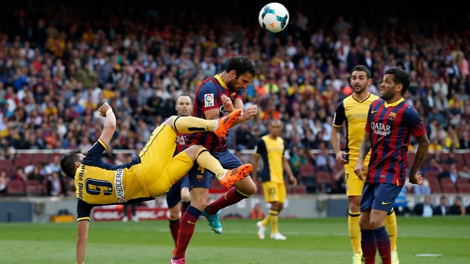 Partida foi truncada e com pouquíssimas chances de gol para ambas as equipes