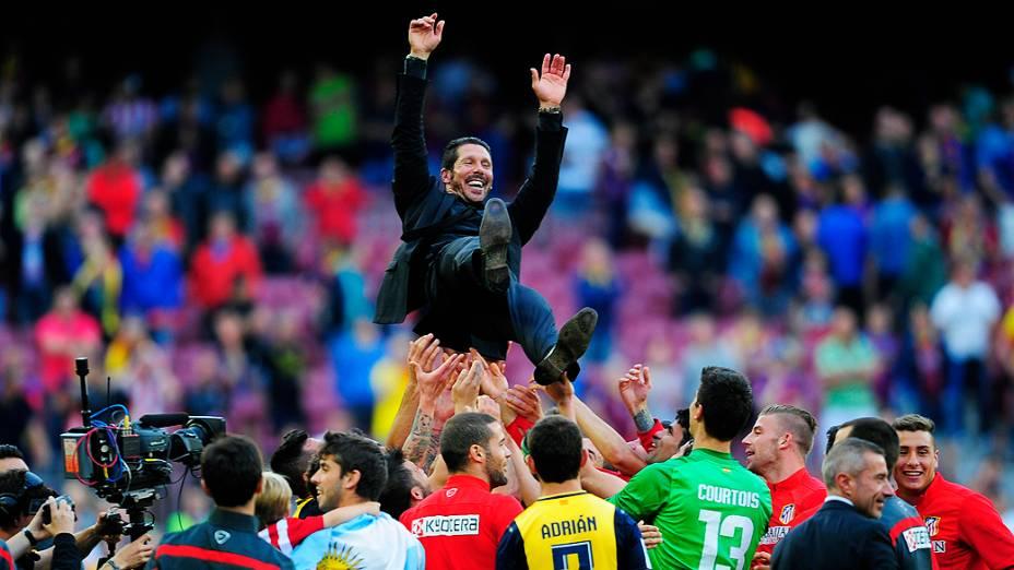 Diego Simeone após a partida entre Barcelona e Atlético de Madrid neste sábado (17) no Camp Nou, pela última rodada do Campeonato Espanhol