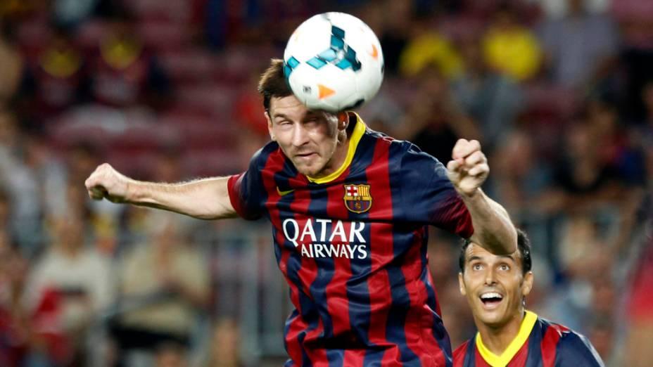 Messi durante partida contra o Santos, na Espanha