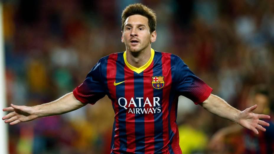 Messi comemora gol contra o Santos