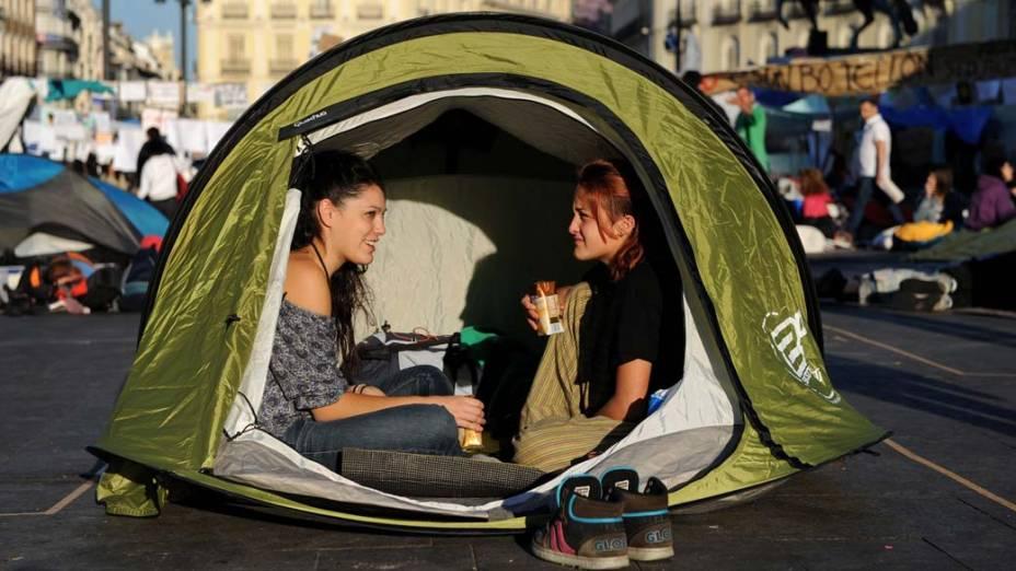 Em Madri, manifestantes continuam acampados na Praça do Sol, em protesto contra a crise econômica espanhola