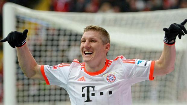 Schweinsteiger marcou o gol do título antecipado do clube alemão