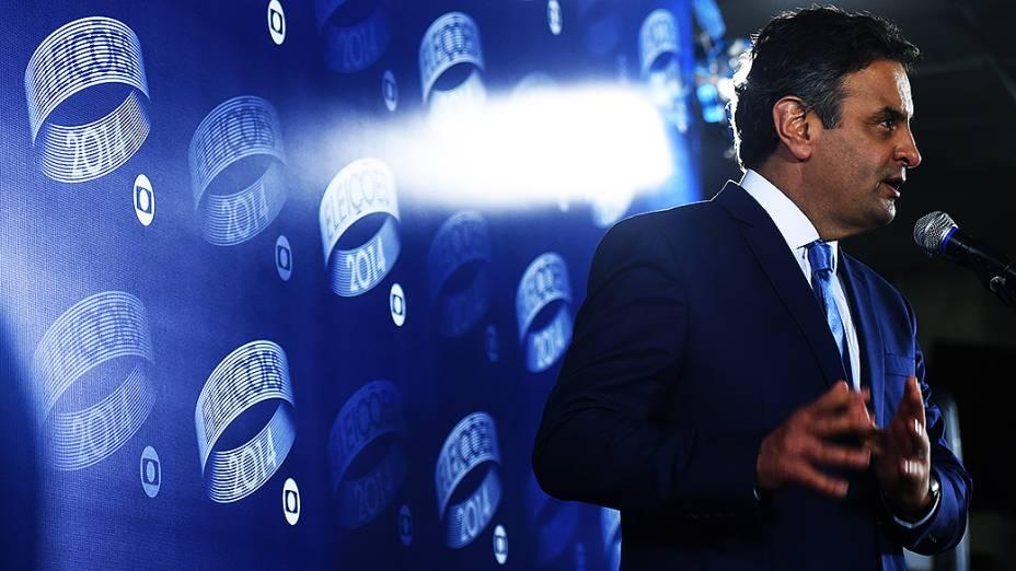 O candidato à Presidência da República, Aécio Neves (PSDB), depois do debate promovido pela Globo, no Rio