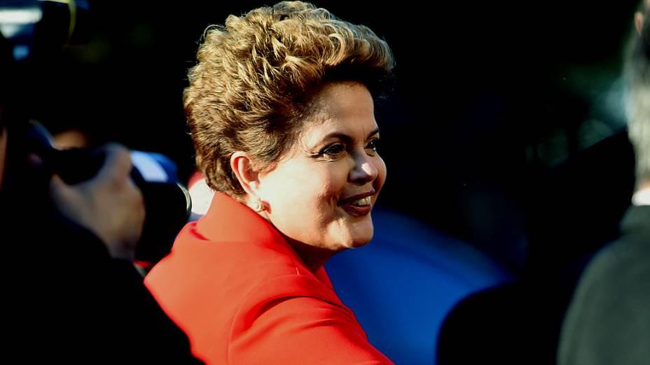 A candidata Dilma Rousseff (PT) chega para o debate dos presidenciáveis promovido pelo SBT, em 01/09/2014