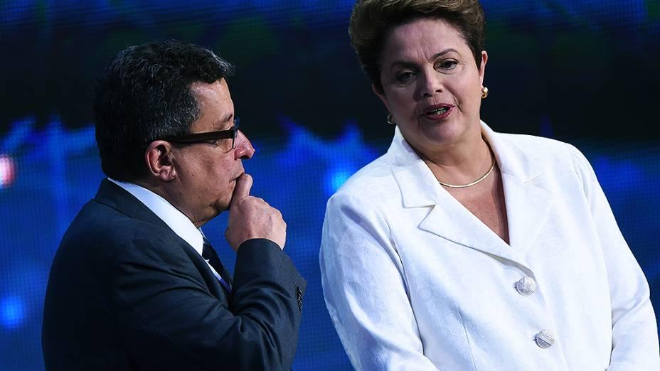Presidenciáveis participam do 1º debate do segundo turno promovido pela Rede Bandeirantes, na noite desta terça-feira (14)