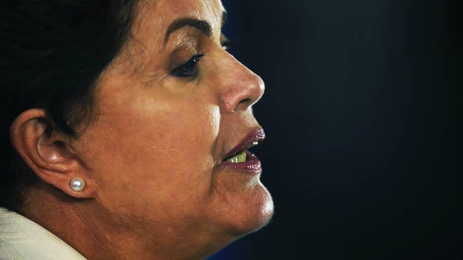 A candidata do PT à Presidência da República, Dilma Rousseff, depois do debate promovido pela Globo, no Rio