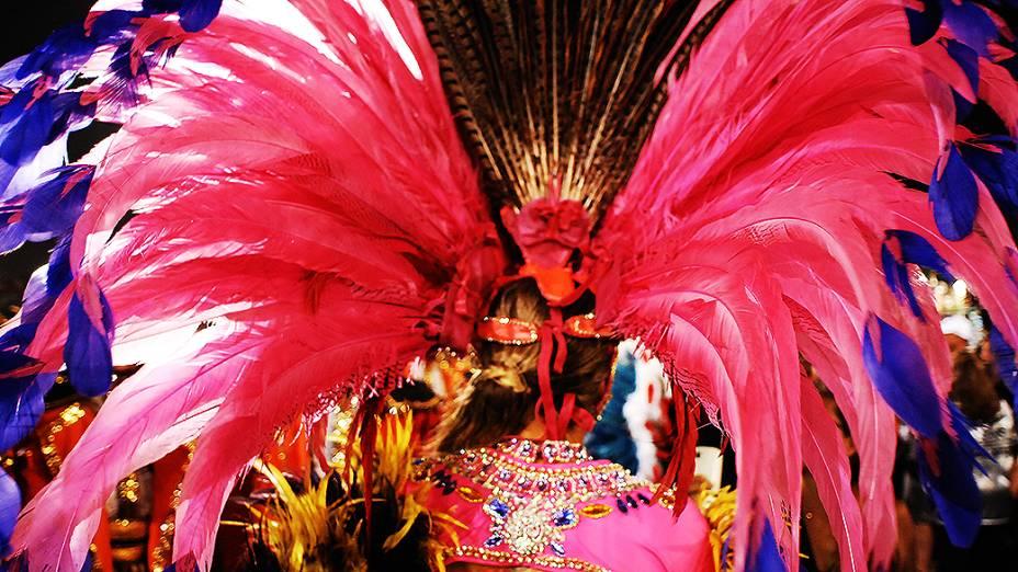 Desfile da Gaviões da Fiel no sambódromo do Anhembi, em São Paulo