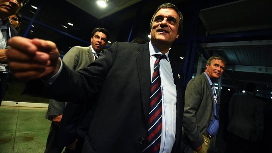 Ministro da Justiça, José Eduardo Cardozo, depois do debate promovido pela Globo, no Rio