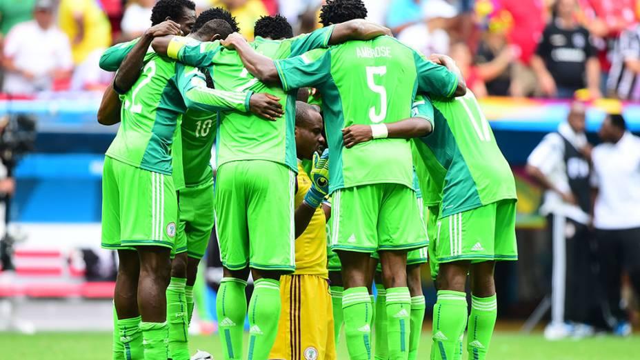 Jogadores da Nigéria antes o jogo contra a França