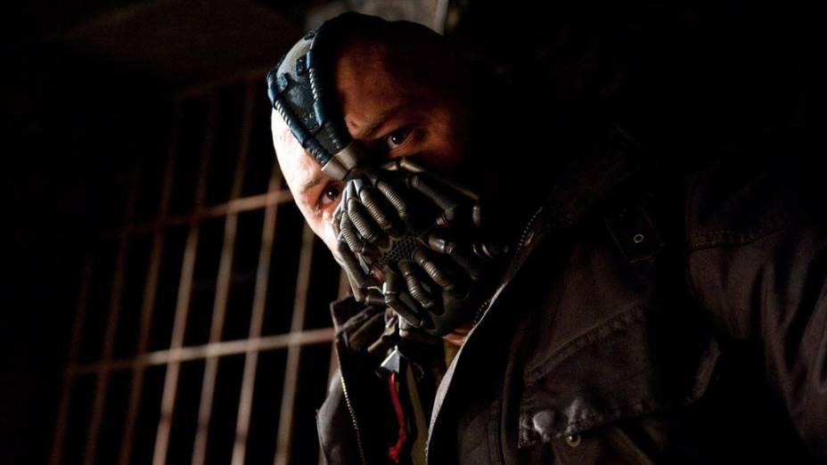 """Tom Hardy interpreta o vilão Bane no filme """"Batman: O Cavaleiro das Trevas Ressurge"""""""