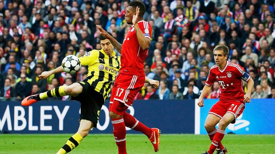 Lance durante final da Champions League entre  Borussia Dortmund e Bayern de Munique no estádio de Wembley, em Londres