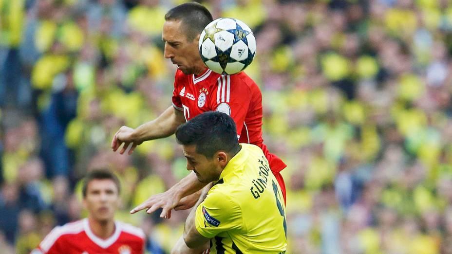 Dividida durante final da Champions League entre  Borussia Dortmund e Bayern de Munique no estádio de Wembley, em Londres
