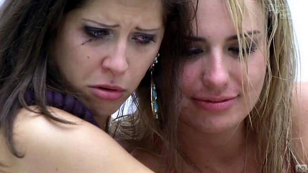 Andressa e Fernanda reclamam de seus namorados no BBB13