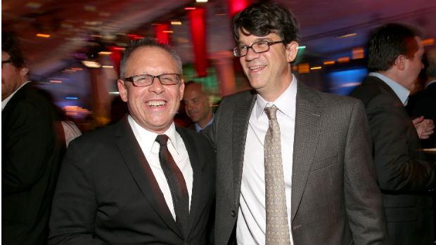 O diretor Bill Condon e o produtor Wyck Godfrey