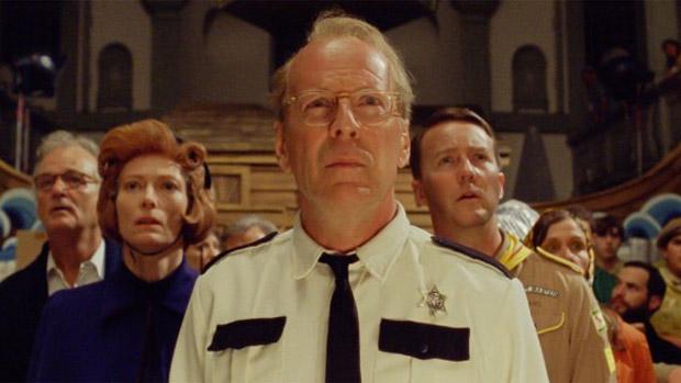Bill Murray, Tilda Swinton, Bruce Willis e Edward Norton em Moonrise Kingdom