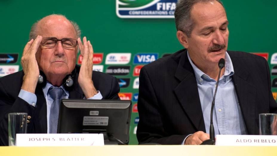 Blatter mostra impaciência na entrevista coletiva desta sexta, no Maracanã