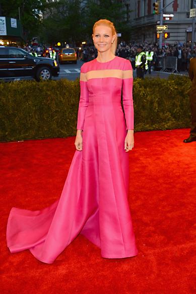 Gwyneth Paltrow durante cerimônia de gala no Metropolitan Museum, em Nova York