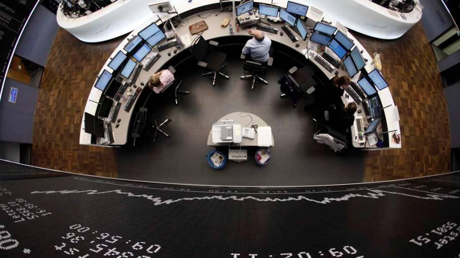 Operadores na Bolsa de Frankfurt, Alemanha