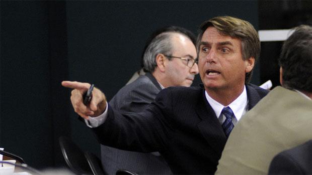 bolsonaro-couro-gay-original.jpeg