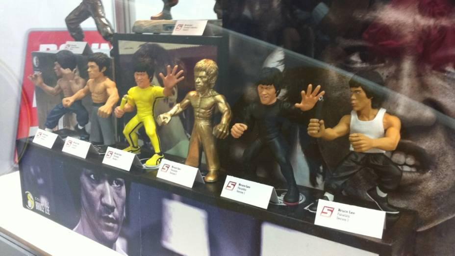 <br><br>  Além dos bonecos oficiais do UFC, os torcedores que vão à Fan Expo podem comprar peças do lendário Bruce Lee