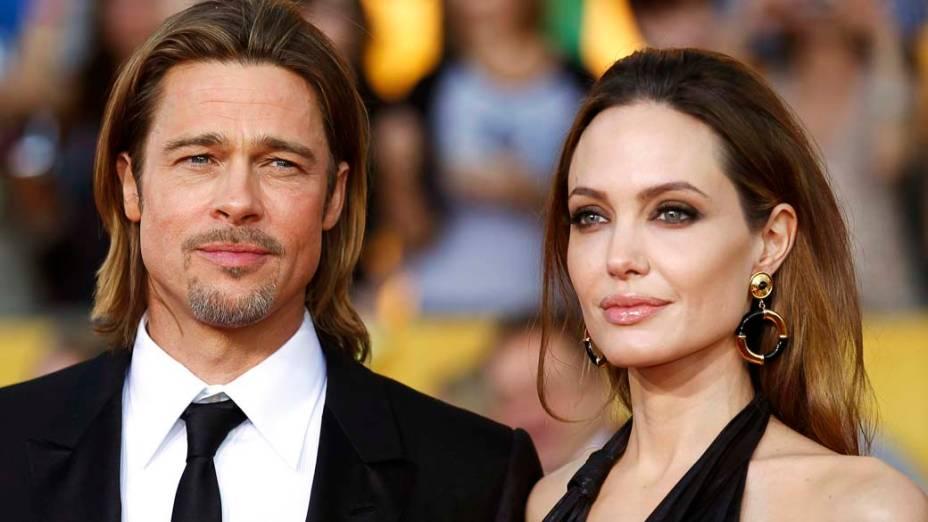 Brad Pitt e Angelina Jolie em premiação, nos Estados Unidos