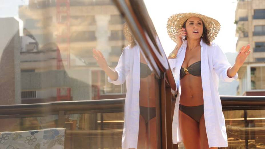 Alessandra (Alinne Rosa) irá trair o marido com o presidente