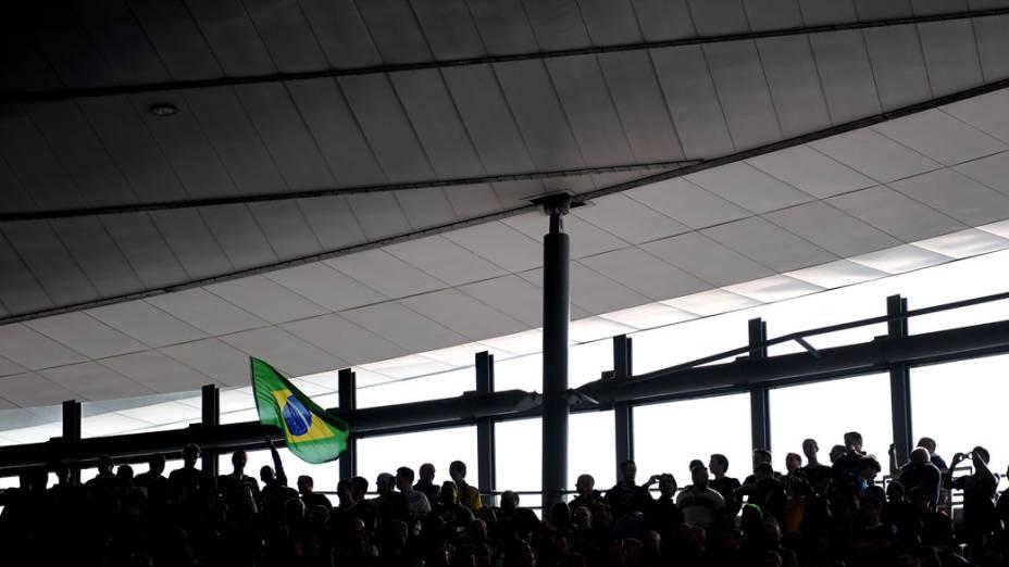 Torcida do Brasil durante o amistoso entre as seleções do Brasil e Escócia, em Londres - 27/03/2011