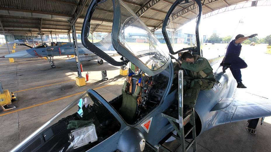 """Preparação antes do voo é chamada de """"briefing"""""""