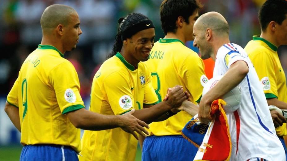 Em 2006, Zidane comandou a França na eliminação do Brasil nas quartas de final da Copa da Alemanha