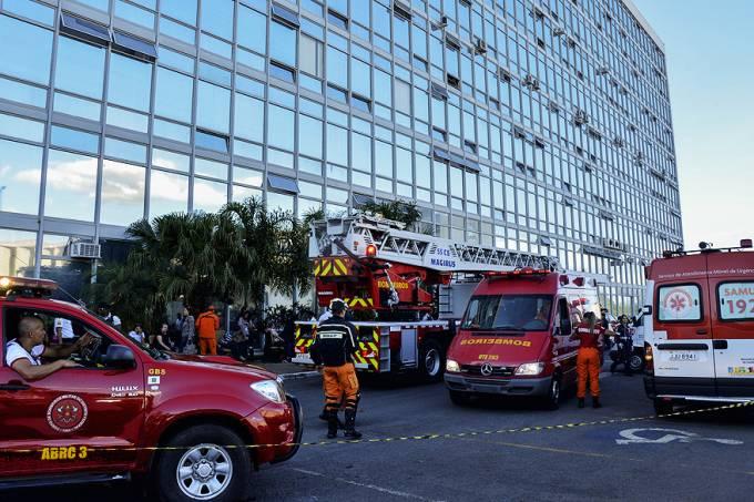 brasil-incendio-ministerio-comunicacoes-brasilia-20131025-01-original.jpeg