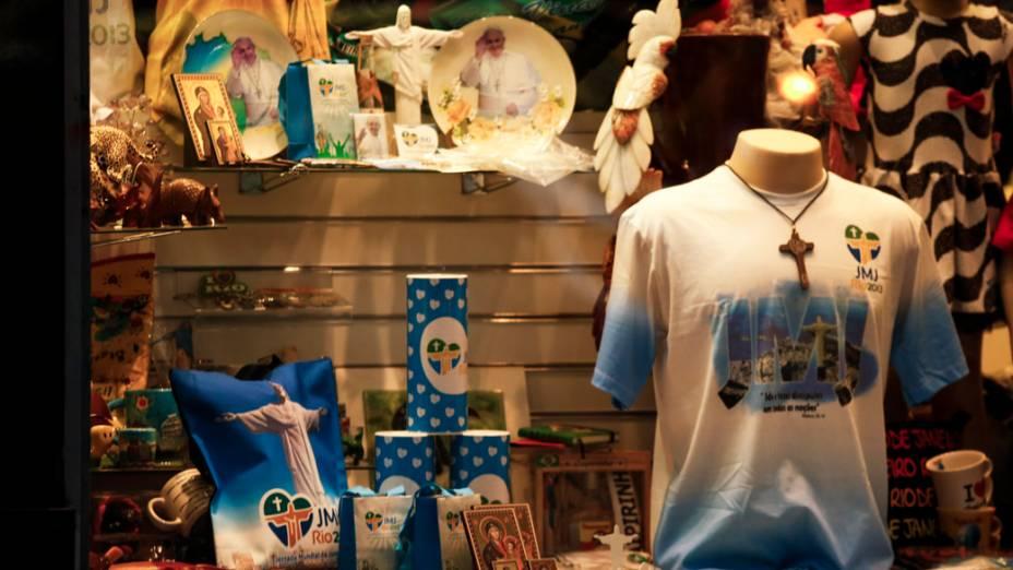 Souvenirs oficiais da Jornanda Mundia da Juventude (JMJ)