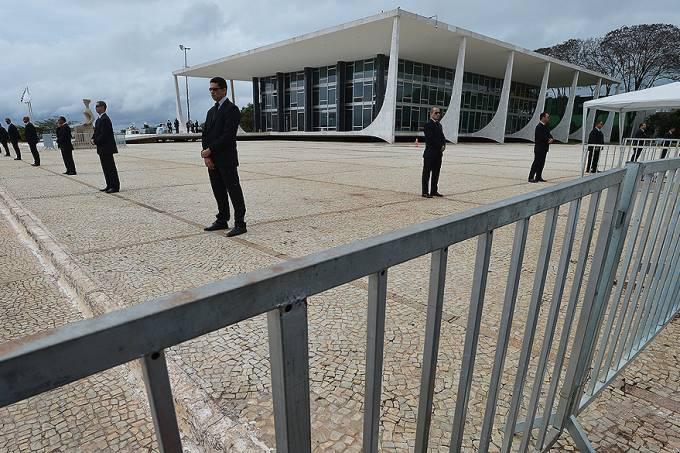 brasil-justica-stf-seguranca-julgamento-mensalao-20130918-002-original.jpeg