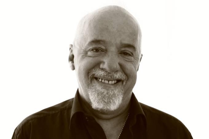 brasil-literatura-escritor-paulo-coelho-20130930-02-original.jpeg