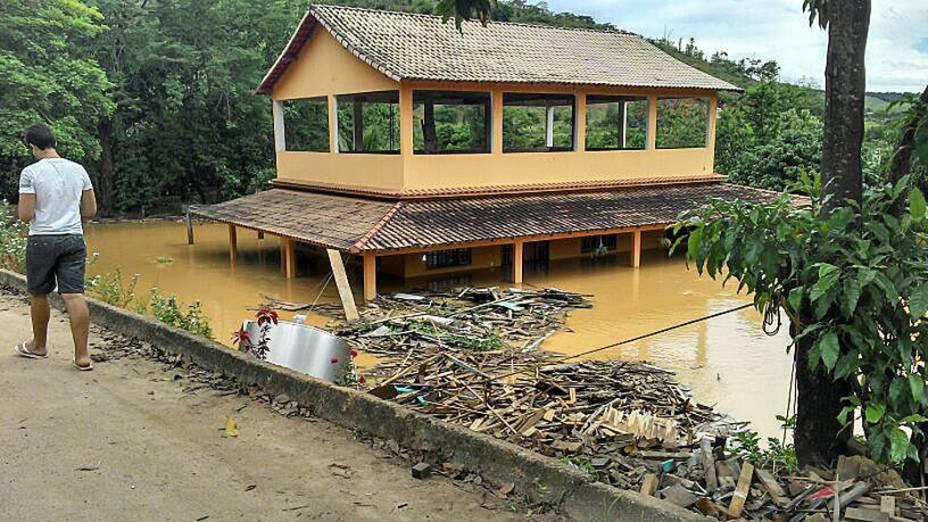 Imagem cedida pela secretaria de Comunicação do estado do Espírito Santo, mostra área afetada por inudações após fortes chuvas