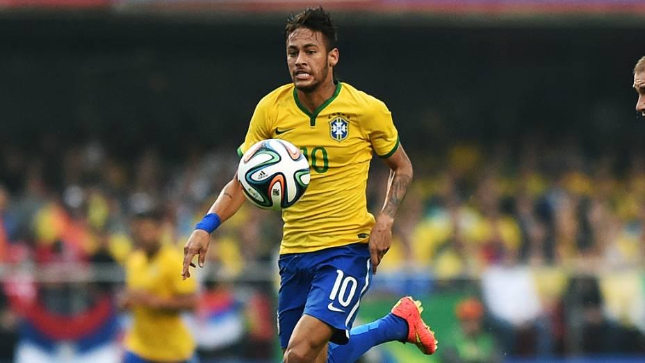 Neymar durante o amistoso contra a Sérvia, no estádio do Morumbi em São Paulo